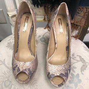 BCBGMAXAZRIA ✨ Toe Pupms heels